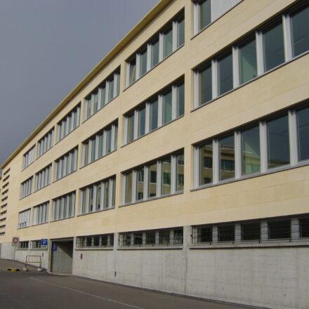 Bild von Kantonales Verwaltungsgebäude