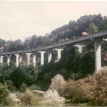 Bild von Brücken Linden Mettlen Boli